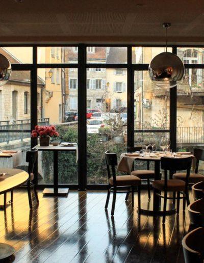 restaurant-arbois-le-bistronome-salle-avec-vue
